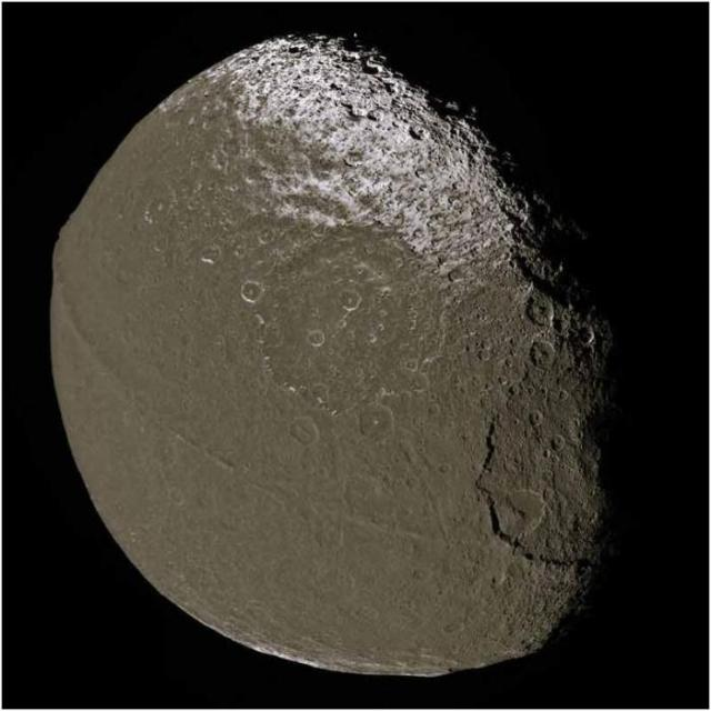 luna-iapetus-2-8
